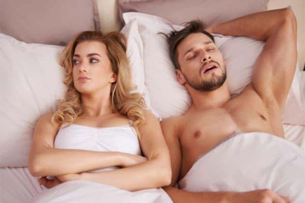 Vội vàng đi ngủ sẽ khiến cơ thể mệt mỏi sau khi thức dậy